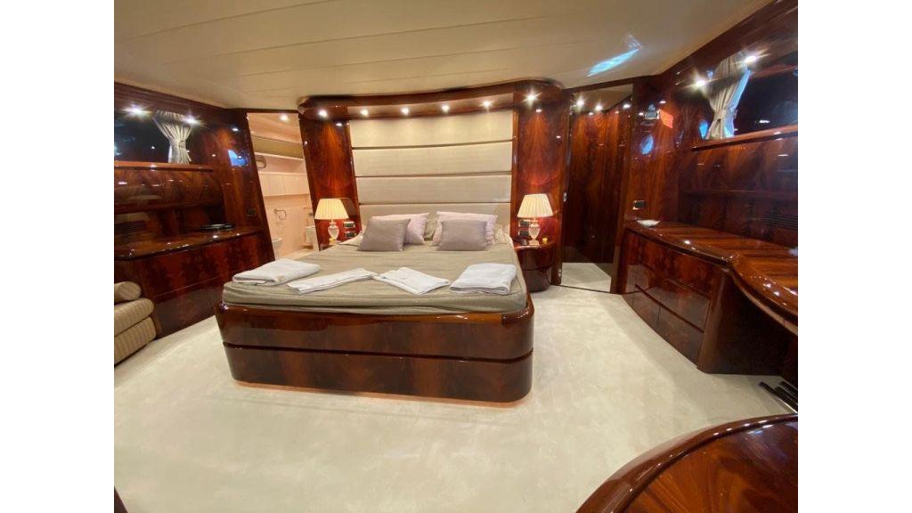 Maiora 32 DP 2010 Motor Yacht (68)