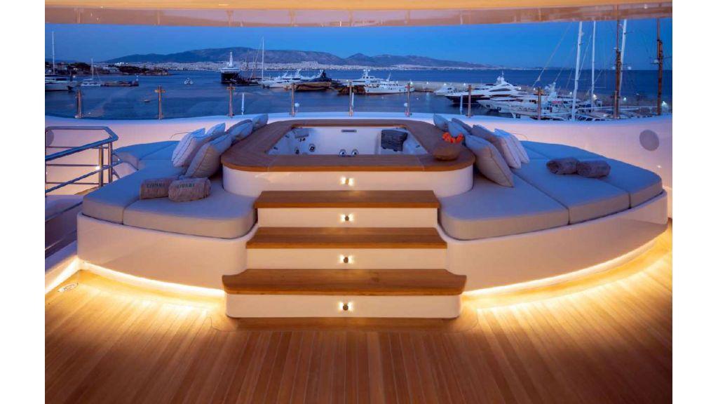 Q'Pari Super Yacht (15)