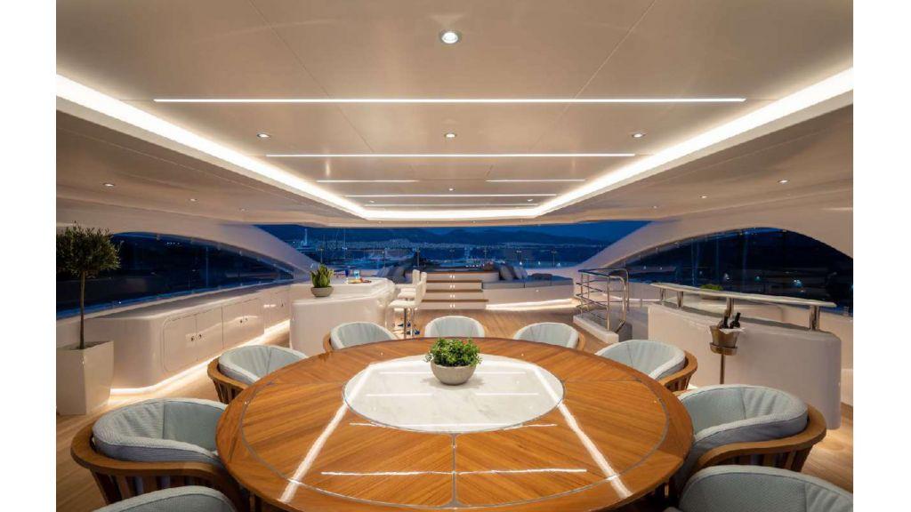 Q'Pari Super Yacht (22)