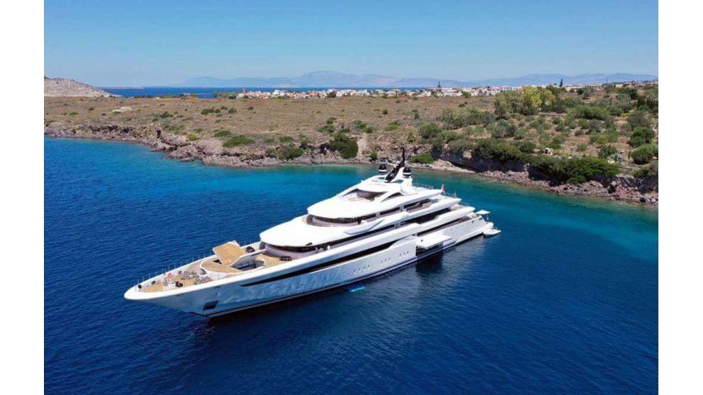 Q'Pari Super Yacht (9)