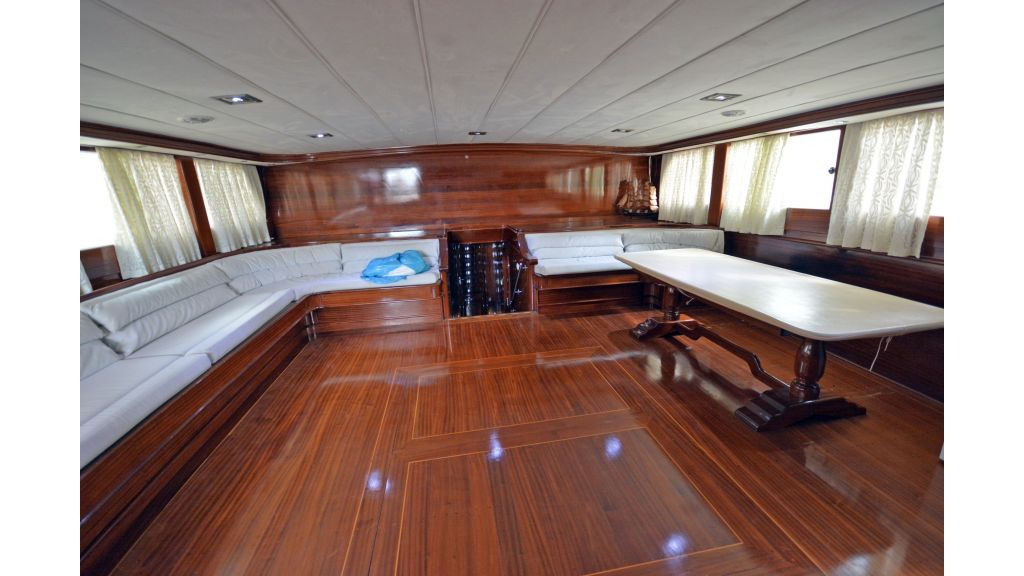 5 Cabins Transom Gulet (29)