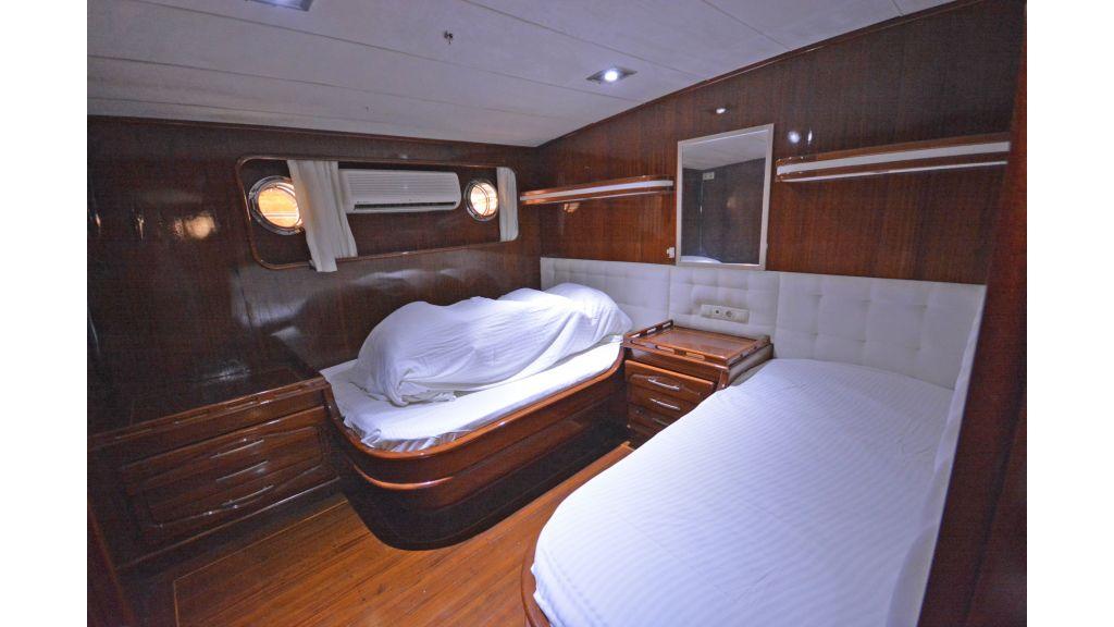 5 Cabins Transom Gulet (33)