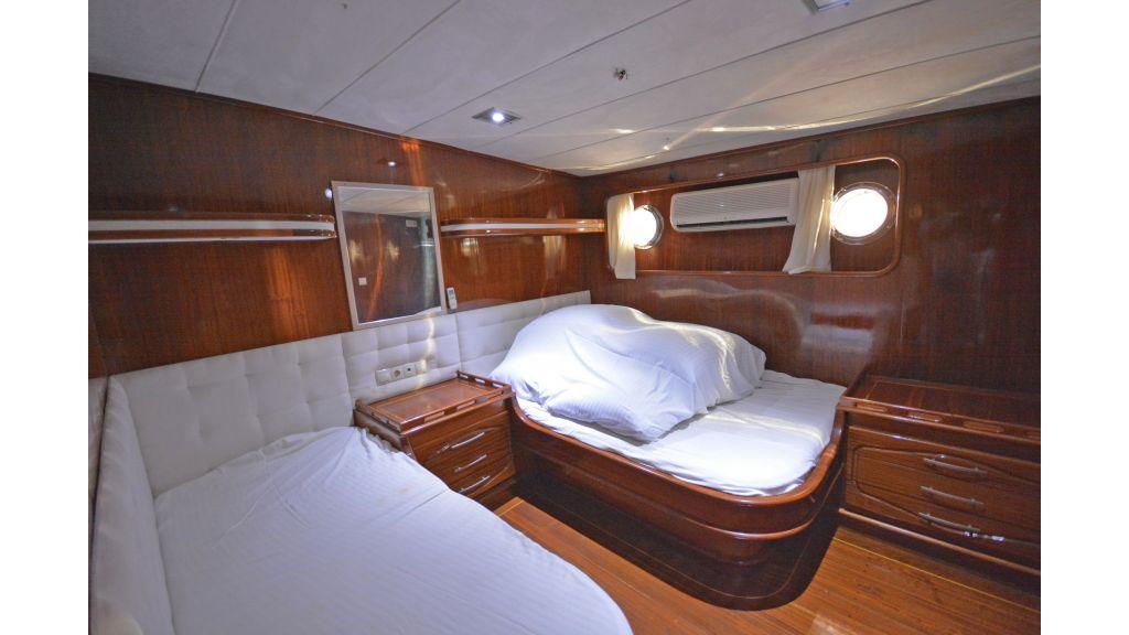 5 Cabins Transom Gulet (37)