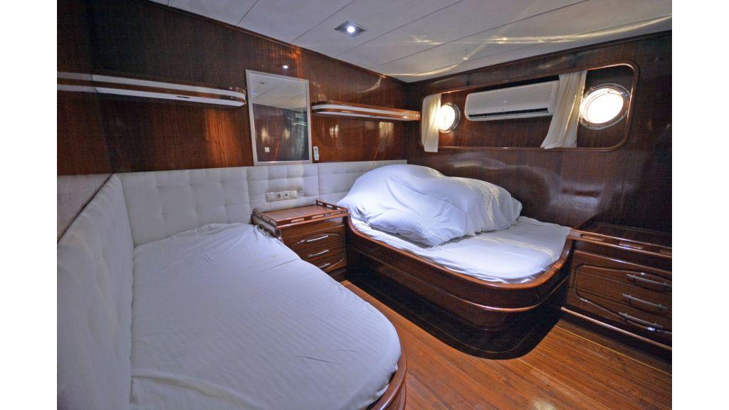 5 Cabins Transom Gulet (38)