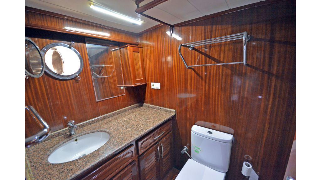 5 Cabins Transom Gulet (39)