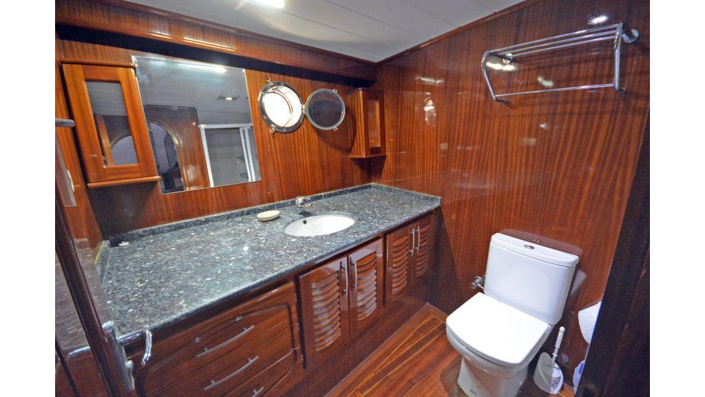 5 Cabins Transom Gulet (43)
