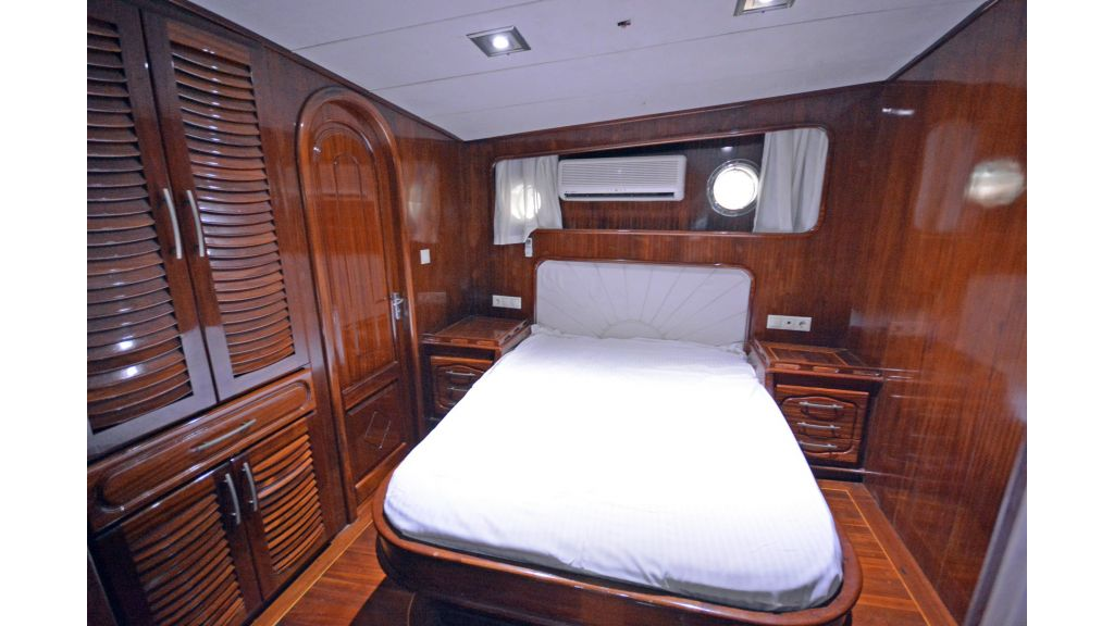 5 Cabins Transom Gulet (47)