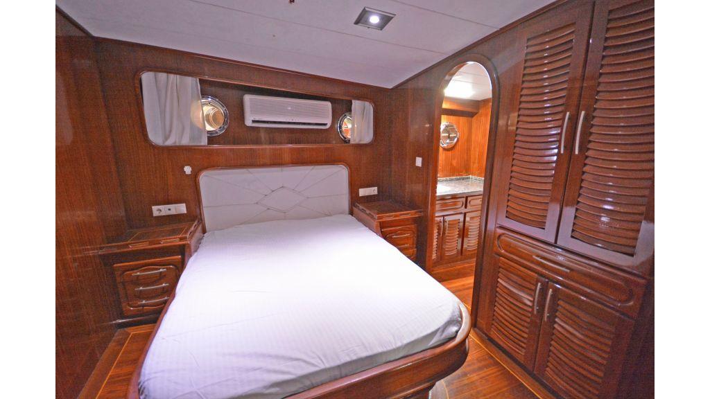 5 Cabins Transom Gulet (51)