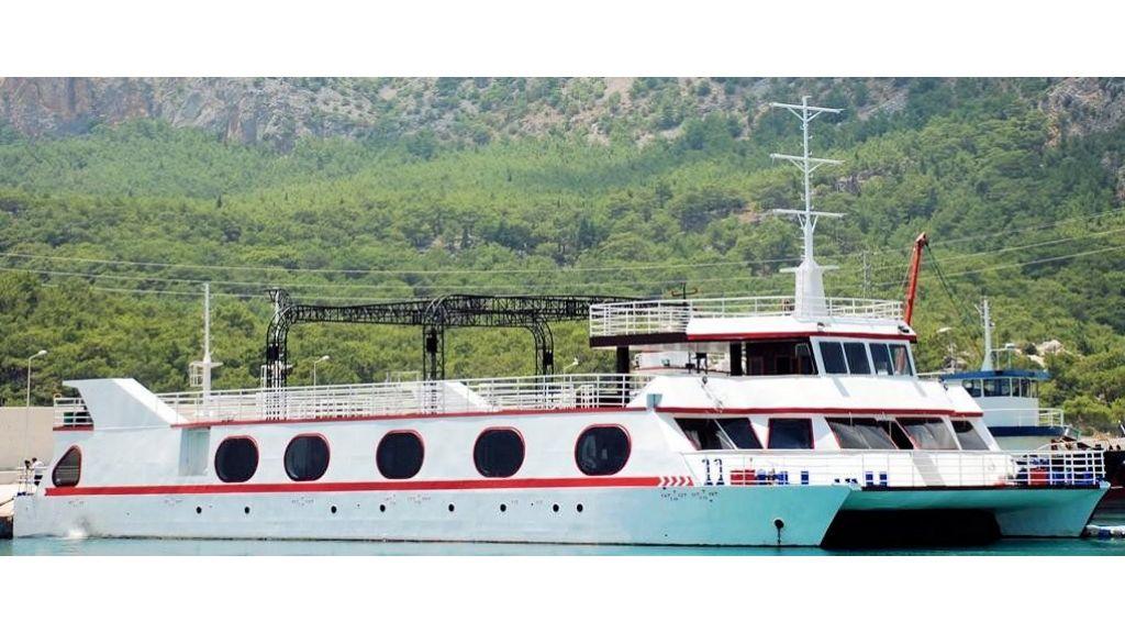 Night Club Catamaran (0)