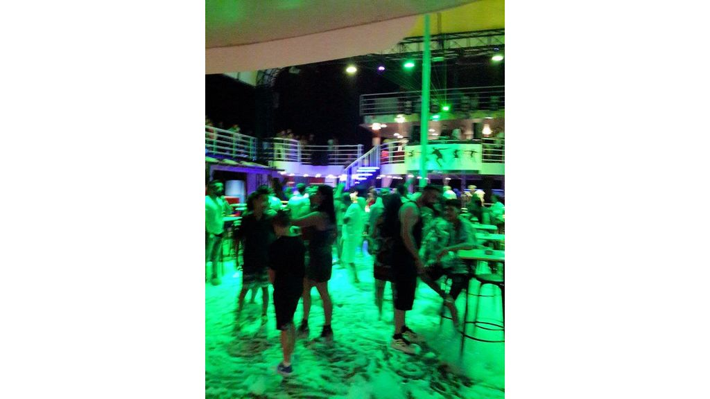 Night Club Catamaran (24)
