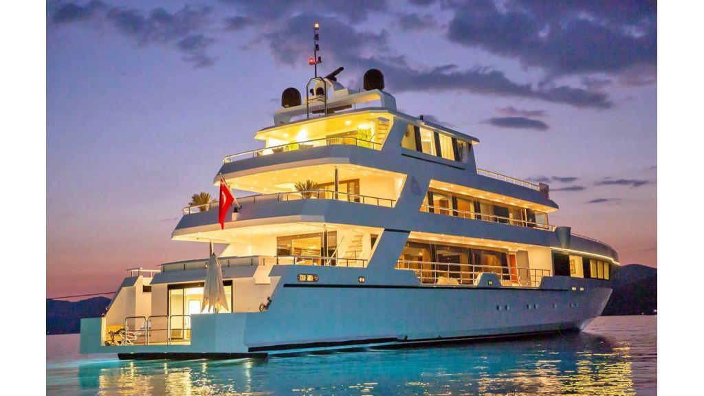 Trideck 45m Motor Yacht (17)
