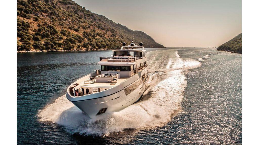 Trideck 45m Motor Yacht (18)