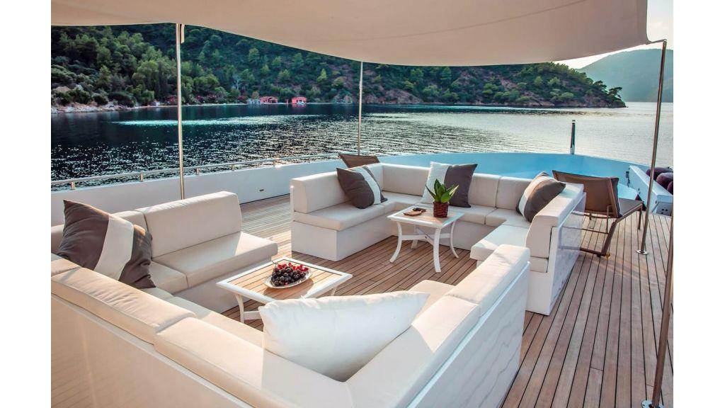 Trideck 45m Motor Yacht (22)