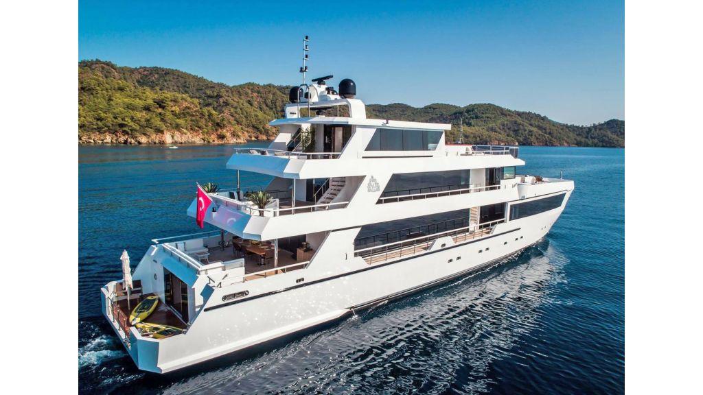 Trideck 45m Motor Yacht (24)