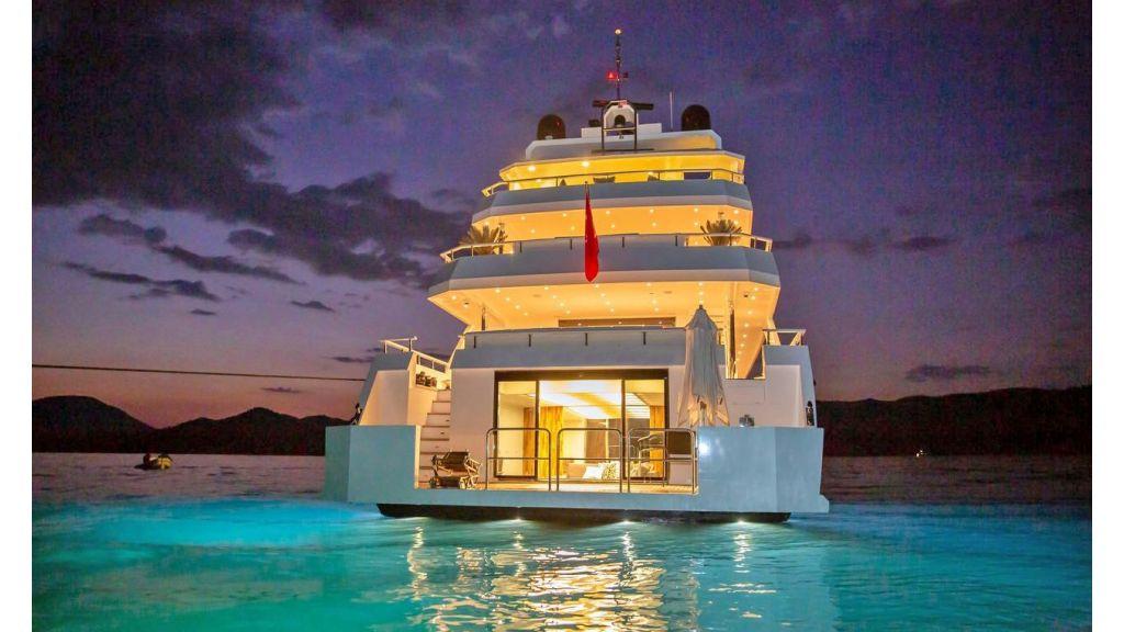 Trideck 45m Motor Yacht (39)