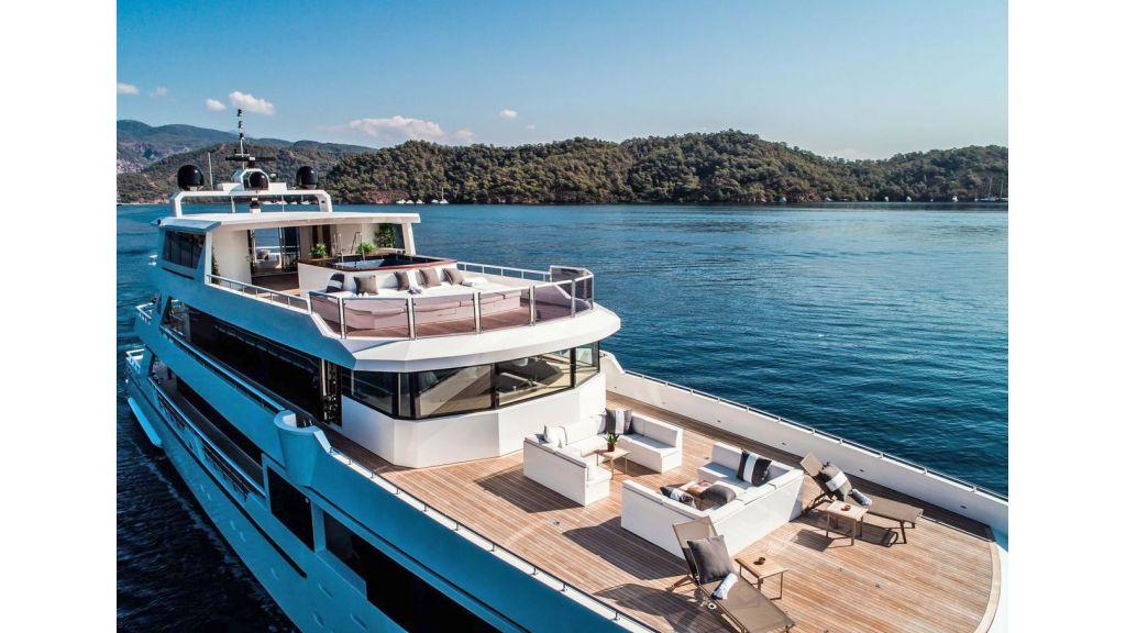 Trideck 45m Motor Yacht (40)