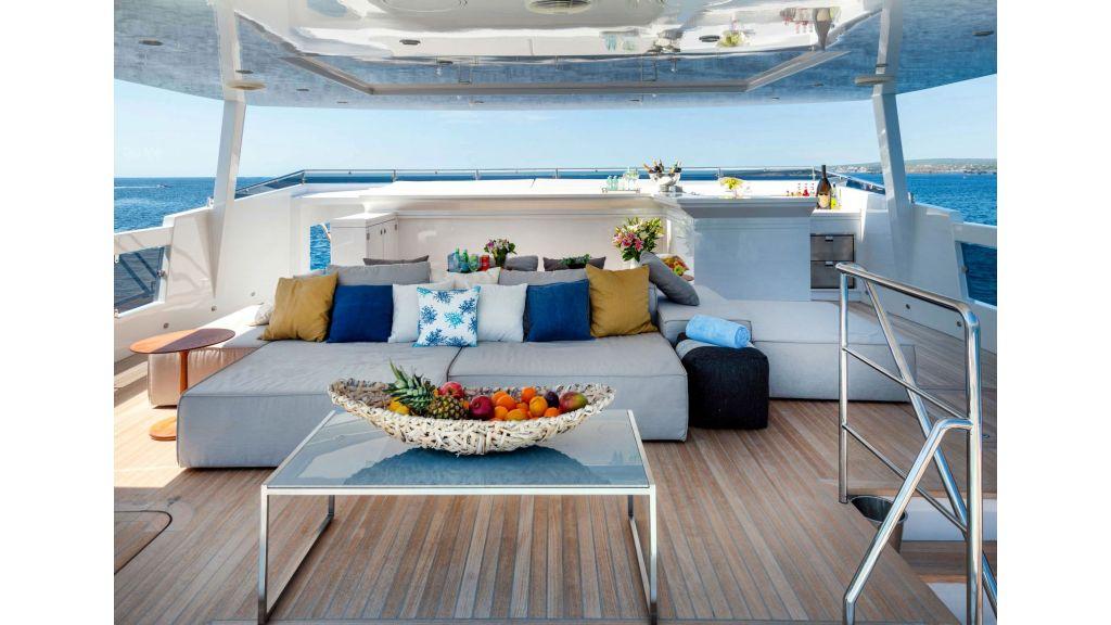 Serenitas Motor Yacht (11)