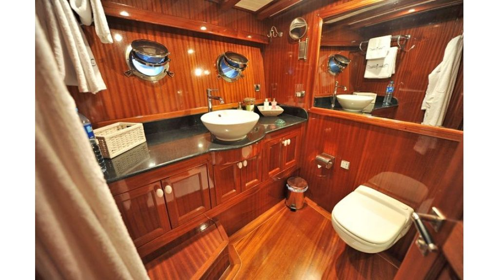 Classic Style Gulet For Sale (43)