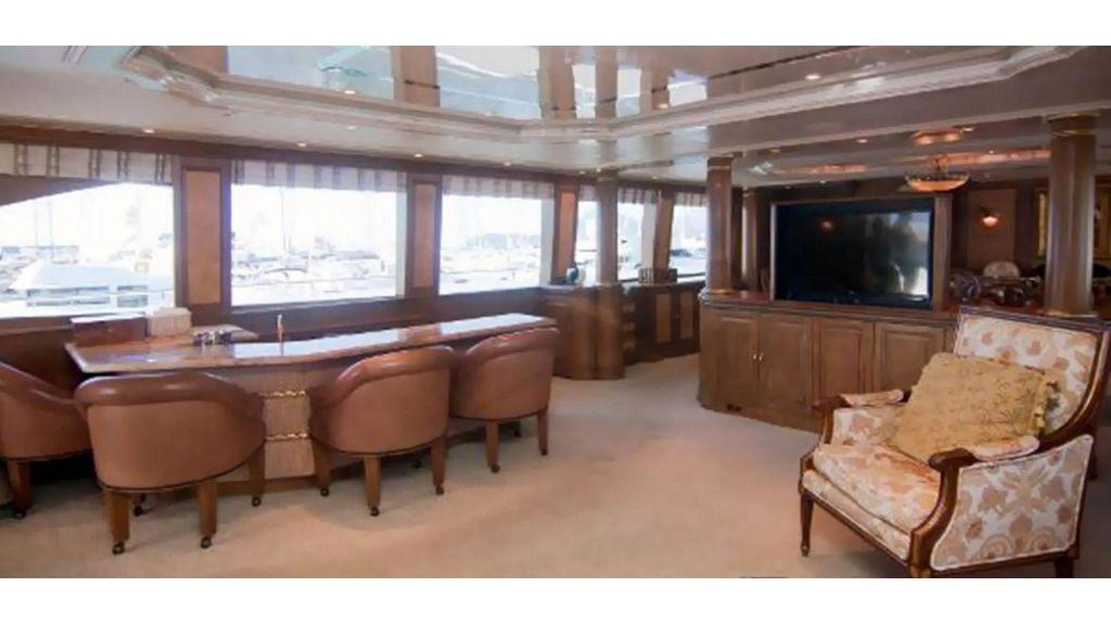 43m Gpr Motor Yacht (12)