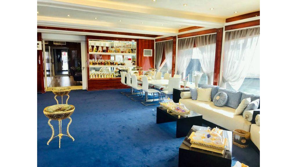 Luxury Floating House (10)