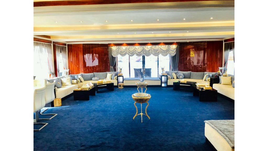 Luxury Floating House (11)
