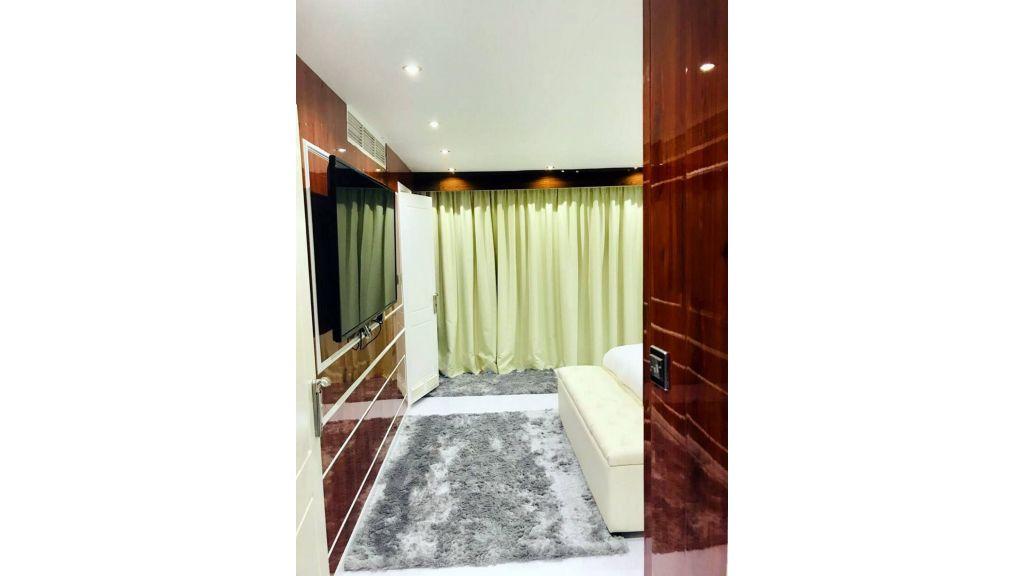 Luxury Floating House (12)