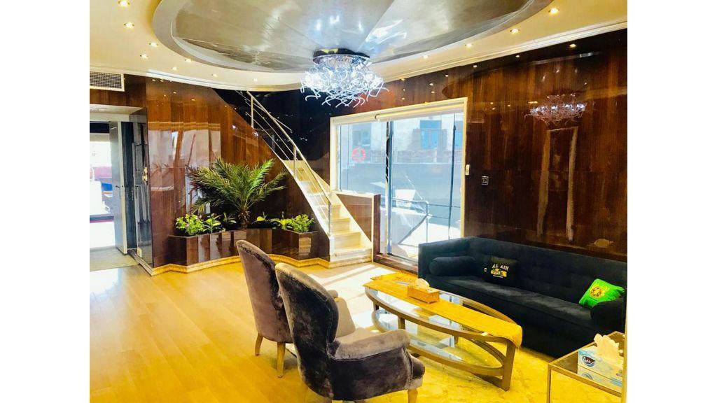 Luxury Floating House (13)