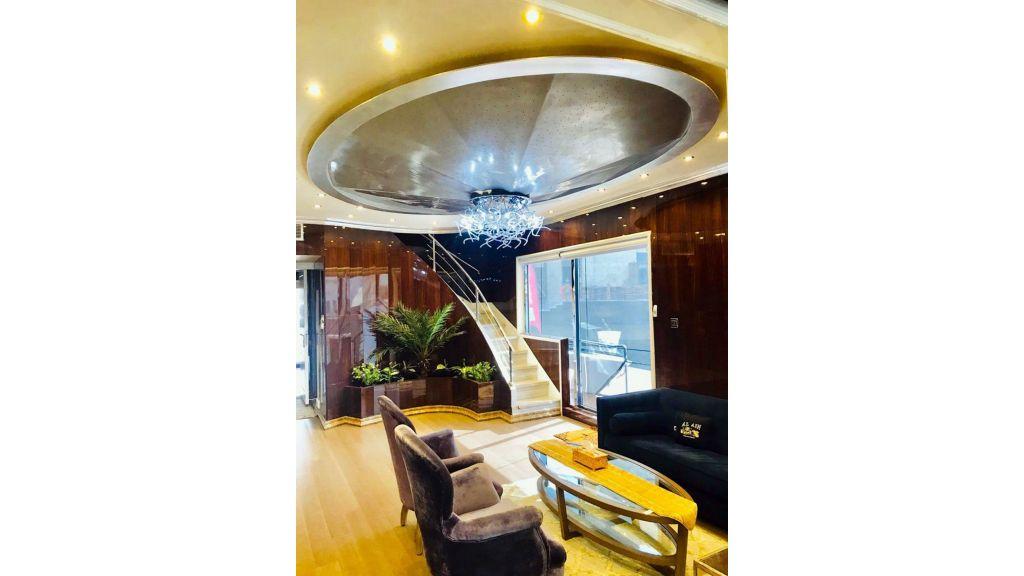 Luxury Floating House (16)