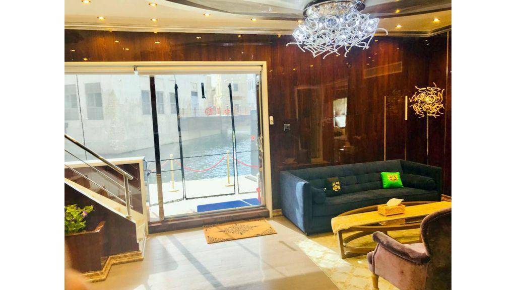 Luxury Floating House (23)