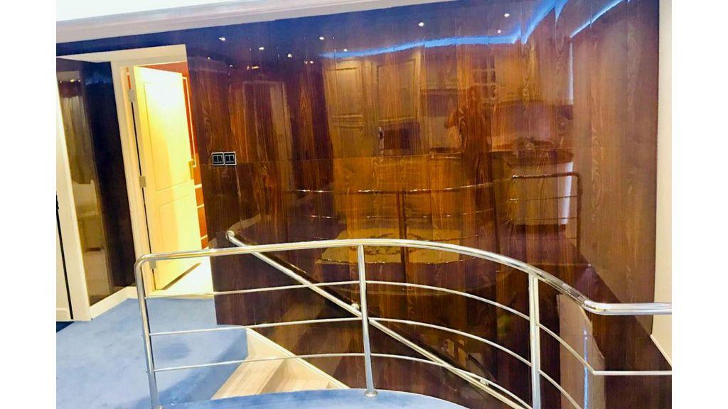 Luxury Floating House (29)