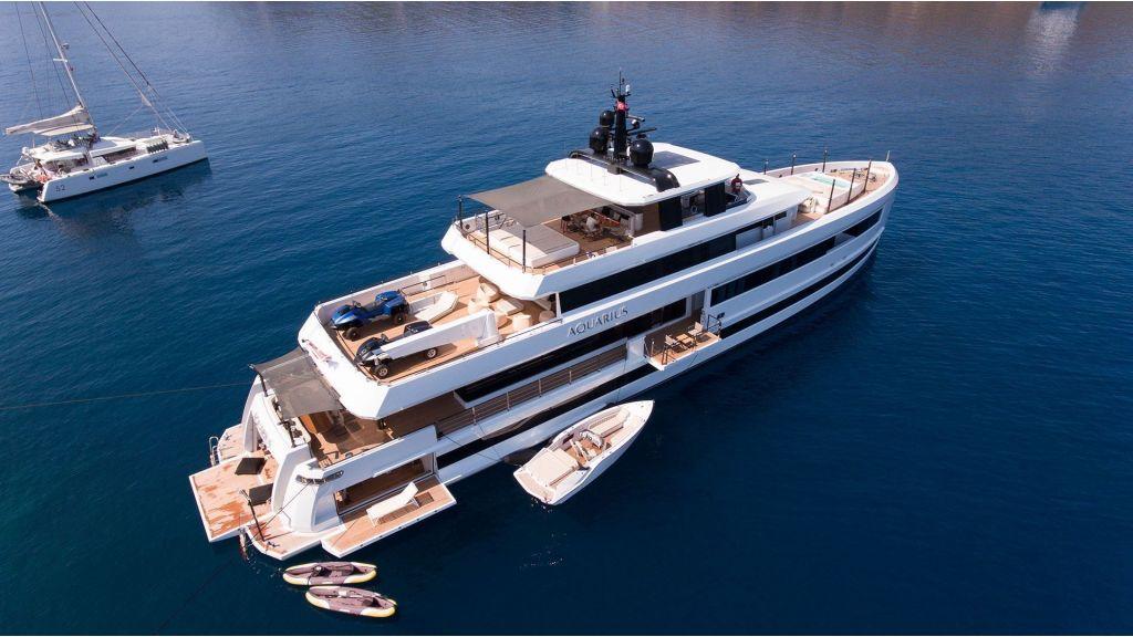 Aquarius Luxury Yacht (2)