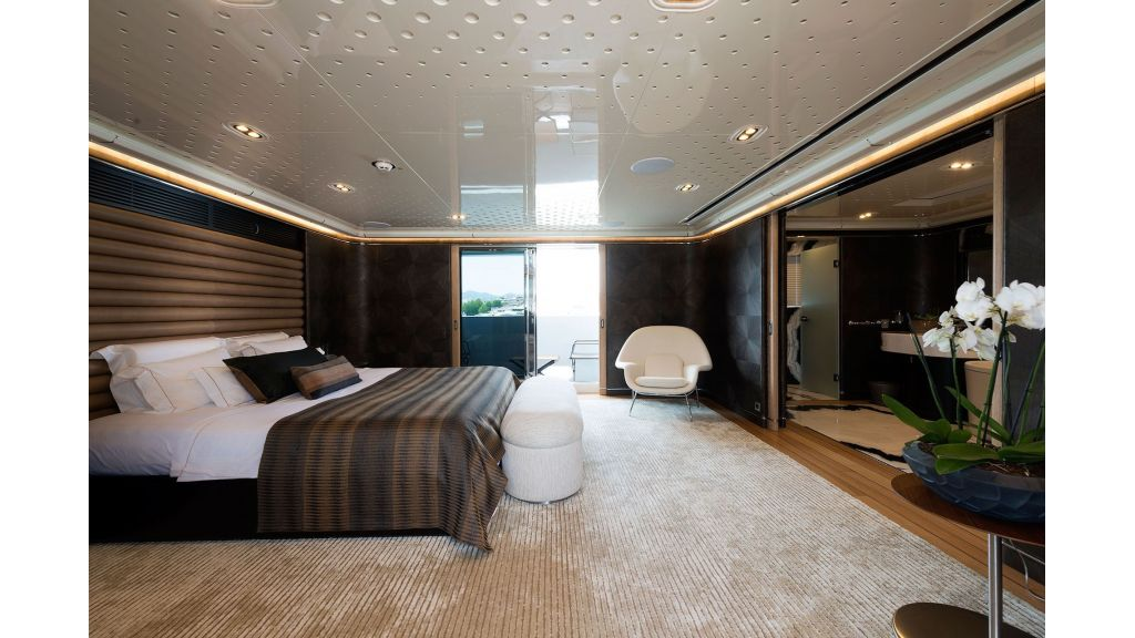 Aquarius Luxury Yacht (8)