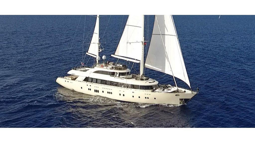 Aresteas Luxury Motor Sailer (31)