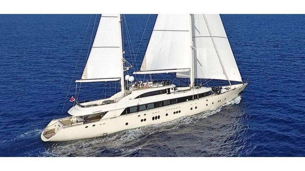 Aresteas Luxury Motor Sailer (44)