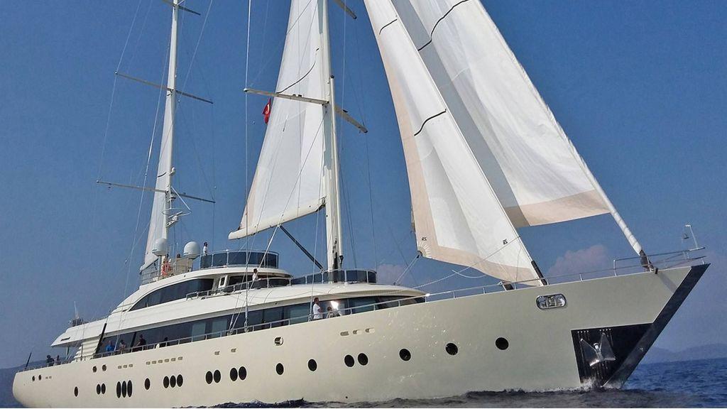 Aresteas Luxury Motor Sailer (59)