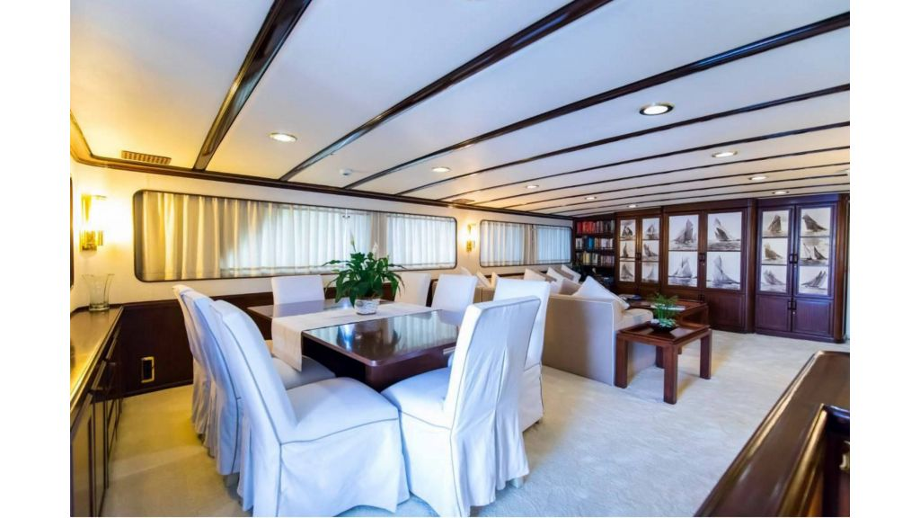 Benetti 35m Motor Yacht (10)