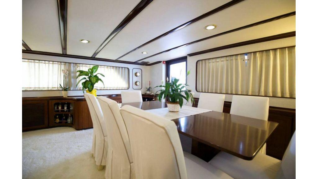 Benetti 35m Motor Yacht (11)