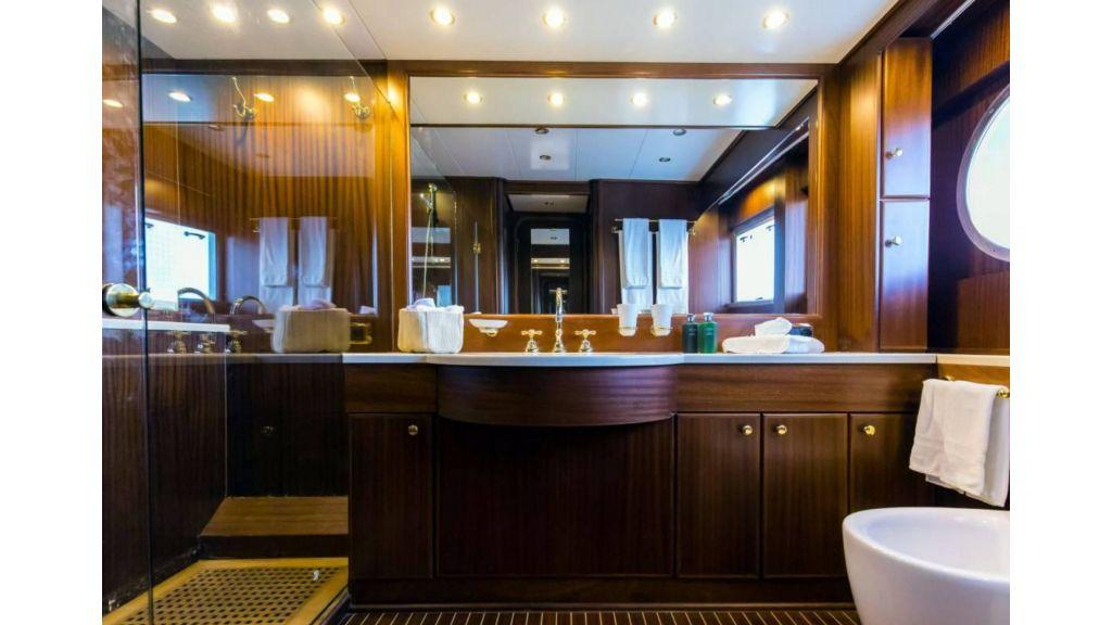 Benetti 35m Motor Yacht (17)