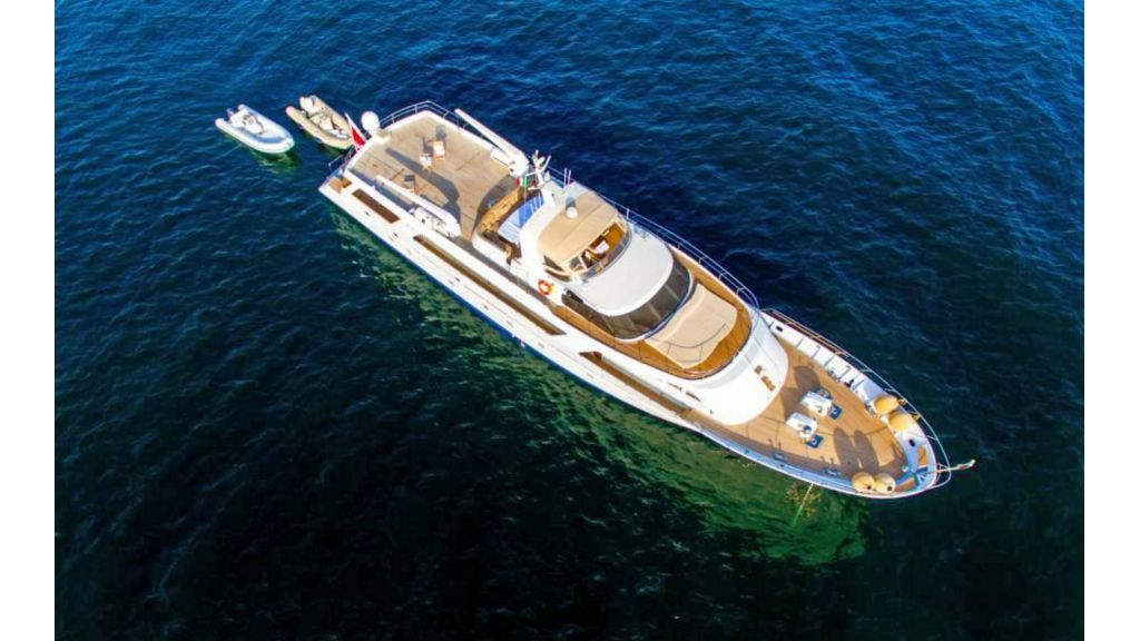 Benetti 35m Motor Yacht (4)