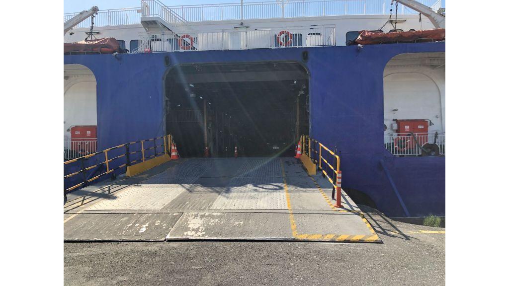 Fast Catamaran Ferry (41)