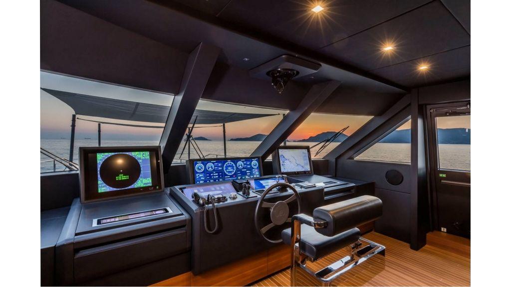 Ferretti Navetta 33m Motor Yacht (1)