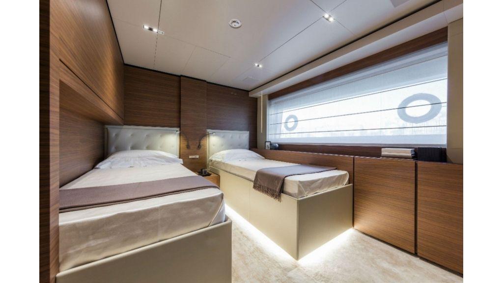 Ferretti Navetta 33m Motor Yacht (19)