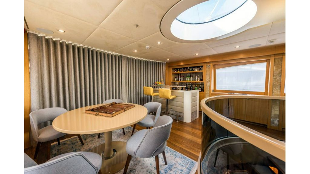 Flybridge Motor Sailer (45)