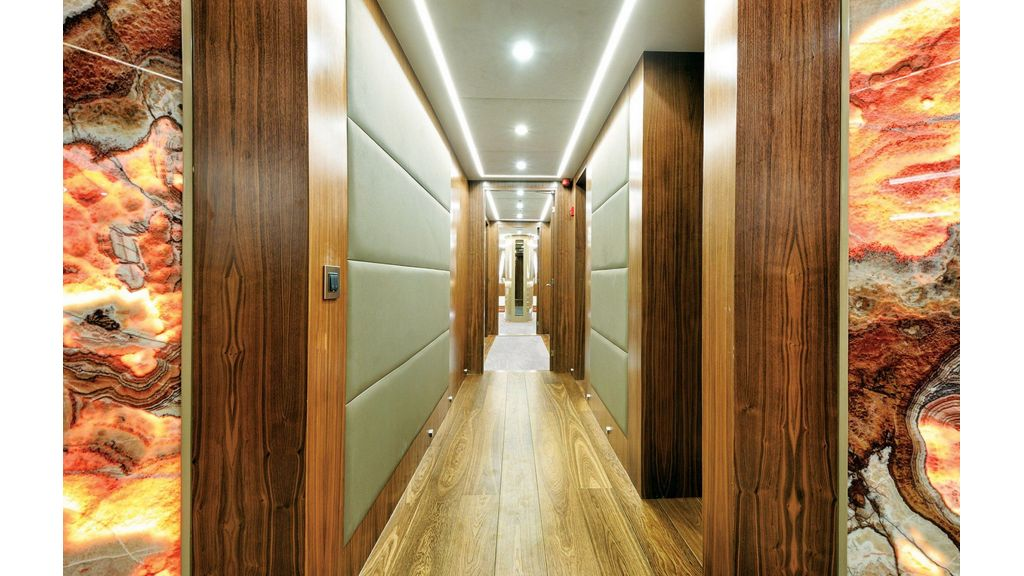Flybridge Motor Sailer (47)