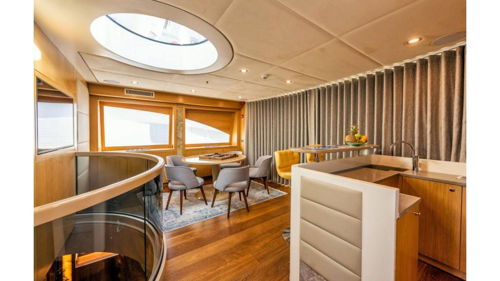 Flybridge Motor Sailer (54)