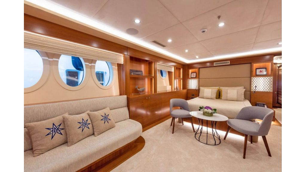 Flybridge Motor Sailer (58)