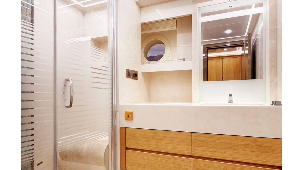 Flybridge Motor Sailer (66)