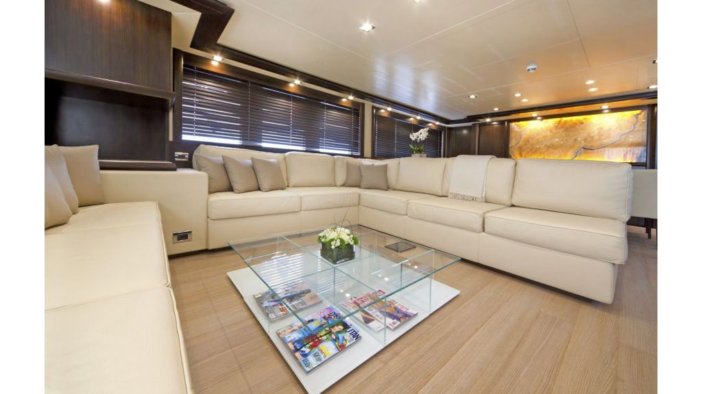 Gatsby Motor Yacht (13)