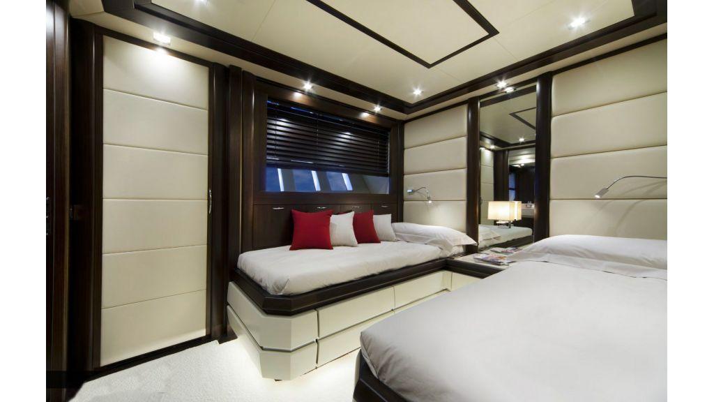 Gatsby Motor Yacht (14)