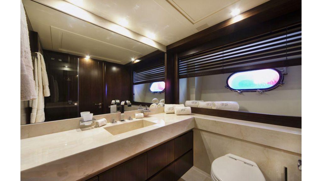 Gatsby Motor Yacht (9)